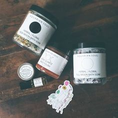 Some gorgeous natural, plant + gem infused skincare products I received from the talented #aquariansouldesigns  They have a lovely eye serum that contains real tourmaline gems and moon cycle soaks that look just like mini quartz crystals. How beautiful is that?!!  #tourmaline #plantfam4life #quartz #naturalbeauty #gem