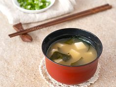 10-minute Japanese miso soup ... My new chicken soup