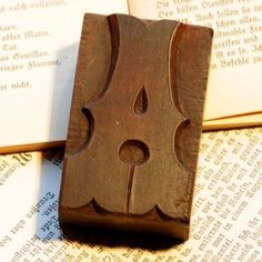 Letter-A-rare-decorative-wood-type-character-letterpress-printing-block-fancy