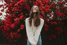 This Year, I Ask For A Love That Does Not Look Like A Boyfriend – girl photoshoot poses Spring Photography, Girl Photography, Fashion Photography, Creative Gifts For Boyfriend, Poses Photo, Insta Photo Ideas, Shooting Photo, Lightroom Presets, Pretty