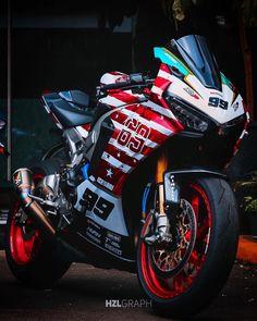 """MotoAsk on Instagram: """"Bal kaymak gibi 🤤 Rider: 👤@Ichsani99 🏍: Honda CBR 1000RR #Honda ______________________________________________ İkinci el ekipman satış…"""" Cb750 Honda, Motos Honda, Honda Cbr 1000rr, Honda Bikes, Honda Motorcycles, Honda Civic Hatchback, Honda Civic Type R, Moto Bike, Motorcycle Bike"""