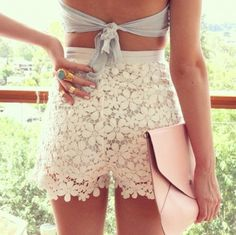 Cute lace shorts with cropped top, pink clutch #lace #shorts