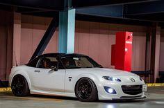 Mazda Miata, Go Kart, Car Garage, Exotic Cars, Jdm, Convertible, Dreams, Zoom Zoom, Garages