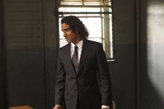 Still of Naveen Andrews in Law & Order: Special Victims Unit