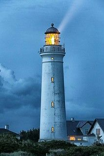 Lighthouse Lighting, Lighthouse Painting, Lighthouse Pictures, Light In, Beacon Of Light, Beautiful Places, Beautiful Pictures, Sea Storm, Water Tower