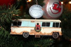 "2009 Hallmark Christmas Vacation Ornament ""Cousin Eddie's RV"""