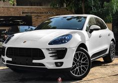 Periodic vehicle maintenance, which is of great importance for driver and passenger safety, has a positive effect not only on safety but also on the performance of the car provided … Porsche Macan Turbo, Porsche 550, Porsche Truck, Porsche Logo, Porsche Boxster 986, Cayman Porsche, Porsche Girl, Porsche 918 Spyder, Black Porsche