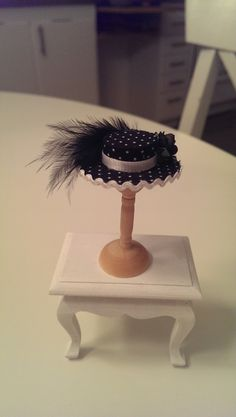 Handmade hat in scale 1/12.