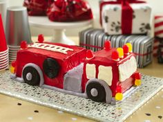 Birthday Cake Ideas: How to Make a Fire Truck Birthday Cake. Birthday Cake Ideas: How to Make a Fire Truck Birthday Cake If your kids love to play firefighter, this cake decorating idea is going to be a big hit. Professional baker and author Liv Hansen Fireman Birthday, Fireman Party, Boy Birthday, Birthday Parties, Birthday Ideas, Fireman Sam Cake, Garden Birthday, Fourth Birthday, Birthday Recipes