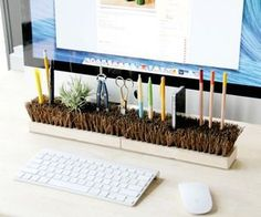 Such a neat idea for a simple desk organiser! Never lose your pens, again!