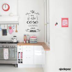 Vinilos decorativo Frase 013: En esta casa cocinamos con amor. Frases en vinilo Vinilos decorativos Frases Vinilos adhesivos Wall Art Stickers wall stickers