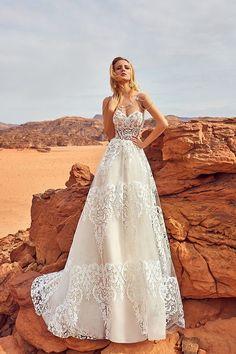 Oksana Mukha Wedding Dresses 2018 Esfir-2 / http://www.deerpearlflowers.com/oksana-mukha-wedding-dresses-2018/3/
