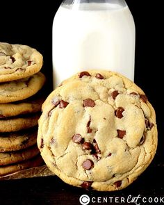 We love cookies since we we were little kids, they've always been giving us that bite-sized sweet tooth satisfaction. They're easy to make, and can satisfy all tastes. Enjoy your sweet journey throughout this list of extremely delicious cookies, and you may try some of them, they're easy to make.