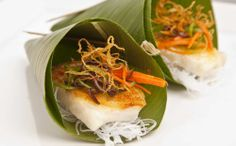 Everyone is loving the Vietnamese food trend right now! Sea Bass wrapped in a Banana Leaf by Blue Plate Catering in Chicago Vietnamese Recipes, Vietnamese Food, Private Plates, Sea Bass, Blue Plates, Food Trends, Wedding Catering, Food Service, Tasty Dishes