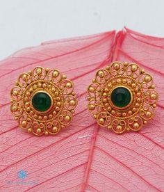 Gold Jhumka Earrings, Silver Earrings Online, Jewelry Design Earrings, Gold Earrings Designs, Gold Jewellery Design, Gold Mangalsutra, Indian Earrings, Ruby Earrings, Small Earrings