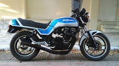 Harley Motorcycles, Cars And Motorcycles, Suzuki Cafe Racer, Personal History, Fire Dragon, Suzuki Gsx, Sport Bikes, Custom Bikes, Suzy