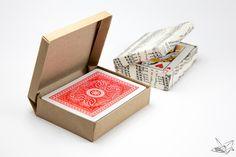 hajtogatott kártyadoboz