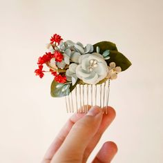 seraphim - vintage mini hair comb