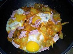 La meilleure recette de Ragoût de Pommes de terre au jambon-champignon et oeuf! L'essayer, c'est l'adopter! 5.0/5 (7 votes), 9 Commentaires. Ingrédients: 400g de pommes de terre 1 petite boite de champignons de paris emincé 3 tranches de jambon ciselé 3 oeufs 1 oignon émince 3 gousses d'ail en chemise 10cl de tomate solis 20cl de crème liquide