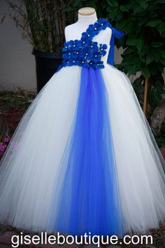 Flower girl dress. Blue and Ivory Tutu Dress . by giselleboutique, $90.00