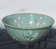 Pottery Tulip Bowl