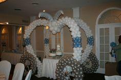 cinderela coach prop   cinderella sweet 16 theme   Cinderella Carriage balloon sculpture for ...