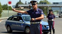 """Un'auto su 165 è senza assicurazione, nella blacklist della Polizia Stradale anche un carro funebre - Un'auto su 165 gira in Italia priva di assicurazione secondo il bilancio dell'operazione """"Mercurio Eye Insurance"""" condotta dalla polizia di Stato  - http://www.ilcirotano.it/2017/07/12/unauto-su-165-e-senza-assicurazione-nella-blacklist-della-polizia-stradale-anche-un-carro-funebre/"""