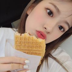 Kpop Girl Groups, Korean Girl Groups, Kpop Girls, Boy Idols, Yu Jin, Cute Korean Girl, Japanese Girl Group, Star Girl, The Wiz