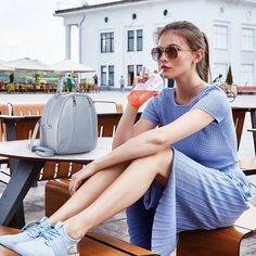Incepem weekendul acesta cu o tinuta comfy&chic, pe care o completam cu rucsacul DiAmanti Alessia. Tu ce planuri ai pentru finalul de saptamana?💕diamanti.ro#diamantibags #diamantilookbook #shadesofblue #weekendmood #friyay🙌 #fashioninspo #instagramfashion Instagram, Diamond