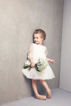 Looking for cheap flower girl dresses? Check out our party dresses for girls, our toddles flower girl dresses and girls special occasion dresses. All flower girl dresses cheap here. Flower Girls, Cute Flower Girl Dresses, Tulle Flower Girl, Tulle Flowers, Girls Dresses, Girls White Dress, Fashion Kids, Girl Fashion, 90s Fashion