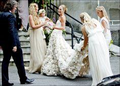 Maria Skappel (Norway) in a beautiful Leila Hafzi dress Wedding Photo Books, Wedding Photos, Wedding Girl, Dream Wedding, Wedding Photography Inspiration, Wedding Inspiration, Wedding Ideas, Wedding Photography Packages, Romantic Look