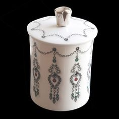 Jewels Candle now featured on Fab.