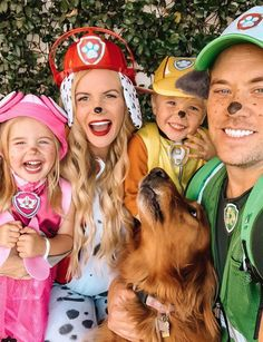 AMBER FILLERUP CLARK: 🎤paw patrol, paw patrol, we'll be there on the double! Halloween was kid's choice this year so we have a team of pups out on the town… Paw Patrol Halloween Costume, Family Themed Halloween Costumes, Family Costumes For 3, Toddler Boy Halloween Costumes, Boy Costumes, Costume Ideas, Halloween Goodies, Halloween 2019, Halloween Ideas