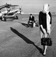 airplane engagement photos.