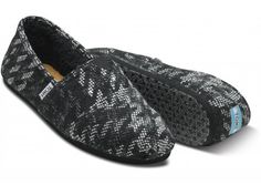 I need toms for me and the boo boos . Sunglasses Uk, Cheap Toms Shoes, Sneaker Bar, Toms Outlet, Men's Toms, Shoe Sale, Houndstooth, My Style, Boo Boos