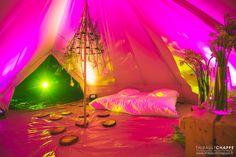 Mon Wedding Camping vous propose un service de location et d'installation de  tentes mariage tipi pour héberger les invités de votre mariage sur votre lieu de réception. Plus d'infos sur http://www.monweddingcamping.fr #location #tente #mariage #tipi #hébergementinsolite #hébergementmariage #monweddingcamping