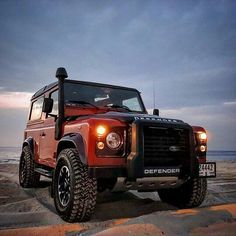 #LandRover #Defender #DefenderLife #Defender90 #Defender109 #Defender110 #defender130 #DefenderV8 #LandRoverDefender #4x4 #Desert #DesertLife #Offroad #Outdoors #Overland #Overlander #Overlanding #Adventure #Adventurer#AdventureTime #AdventureMobile #Explore #Explorer #Expedition #ExpeditionVehicle #DailyOverland #Nature by dailyoverland #LandRover #Defender #DefenderLife #Defender90 #Defender109 #Defender110 #defender130 #DefenderV8 #LandRoverDefender #4x4 #Desert #DesertLife #Offroad…