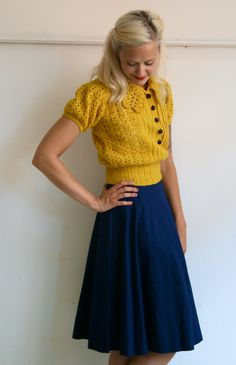 Sweater and Skirt // Marigold // Navy Classic // Vintage Skirt // find mor. 1940s Fashion, Look Fashion, Autumn Fashion, Vintage Fashion, Womens Fashion, Fashion Trends, Fashion 2018, Spring Fashion, Look Vintage