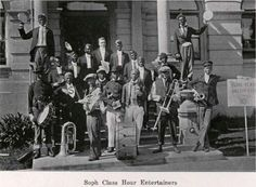 UO students dressed in blackface as the Sophomore Class Hour Entertainers 1913.  From the 1915 Oregana (UO yearbook).  www.CampusAttic.com