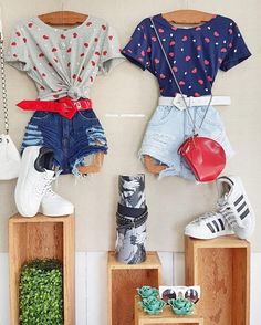 Boutique Interior, Clothing Store Interior, Clothing Store Displays, Clothing Store Design, Boutique Decor, Boutique Clothing, Store Interiors, Overalls Women, Clothing Photography