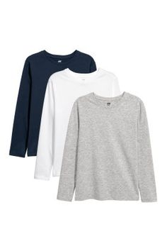 Long-sleeved tops in soft jersey with a round neck and long sleeves. The cotton content of the tops is organic. Long Sleeve Tops, Long Sleeve Shirts, Jersey Shirt, Jersey Tops, H&m Online, Kid Shoes, Online Shopping Clothes, Fashion Online, Dark Blue