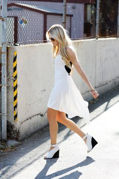 Relaxed dress. Platforms are awesome.