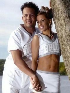 Bride and Groom Cheerleaders Funny Wedding Pictures Bad Wedding Photos Pics Crazy Wedding Ideas Planning Awkward Family Photos Disasters Brides Grooms Ugly Wedding Dresses Bridesmaids Silly Receptions Worst Wedding Ellen Worst Wedding Photos, Awkward Wedding Photos, Awkward Family Photos, Wedding Pictures, Awkward Pictures, Wedding Ideas, Weird Wedding Dress, Tacky Wedding, Wedding Bridesmaid Dresses