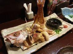 """旅行の楽しみのひとつ""""夕食""""。人気の観光地・宮古島で、沖縄料理はもちろん、新鮮な魚介が堪能できるお店など、島ごはんが食べられるお店をリストアップしました。宮古島ならではのご当地料理が堪能できる居酒屋、三線ライブの店、おいしい焼肉店、オシャレバーなど盛りだくさんにお届けします。"""