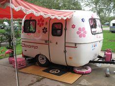 Vintage trailer camper Boler?