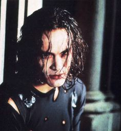 Brandon Lee in The Crow. One of my favorite movies for the memories that… Brandon Lee, Bruce Lee, The Crow, Crow Movie, I Movie, Illustrations, Great Movies, Movies Showing, Dark Fantasy