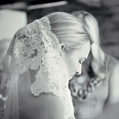 Headpieces & Veils Accessories | Brides.com