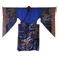 Robe de lama pour les danses rituelles boudhistes