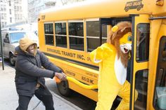 Lion Max wants to go back to school! #maxcurefoundation