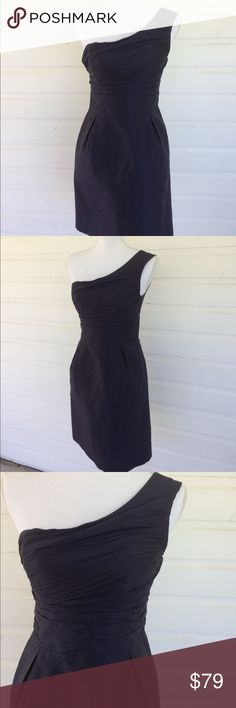 Coren Moore Navy Silk One Shoulder Kate Dress Kate Dress with pockets and pleats. Coren Moore Silk Shantung Kate Dress with one shoulder. Size XS, label size 4. Excellent condition with slight signs of use at underarm. Beautiful navy color, midnight never looked so lovely. Slight fit and flare style. Beautiful. Measurements to come. Offers always warmly received. Coren Moore Dresses One Shoulder